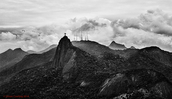 Christ_Rises_in_Rio